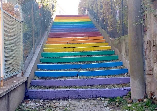 La scalinata arcobaleno di Malnate