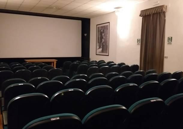 Filmstudio 90 sala varese cinema poltrone