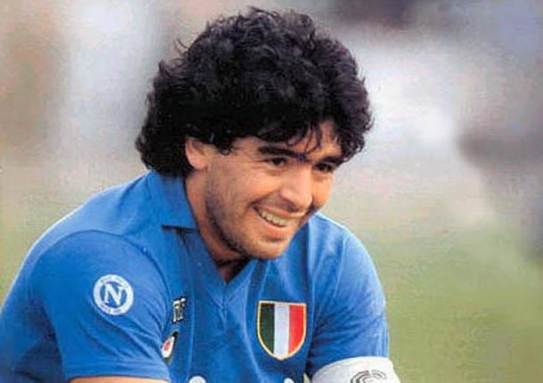 Maradona: è morto la leggenda del calcio