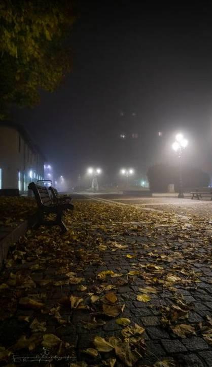 Saronno avvolta dalla nebbia (foto di Emanuele Santagostino)