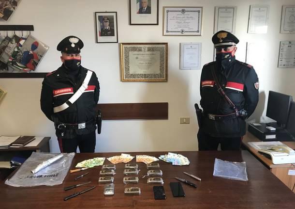 Verbania, due ventenni fermati con 1 kg di Hashish