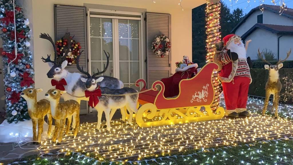 Babbo Natale Casa.La Casa Di Babbo Natale Ad Albiolo Varesenews Foto