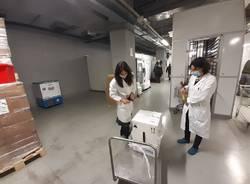 Arrivati all'ospedale di Varese i vaccini per il personale dei reparti covid e dei pronto soccorso