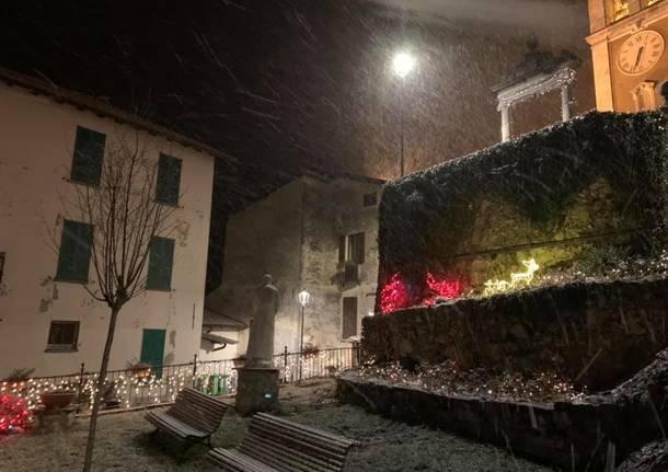 Nevicata notturna al Sacro Monte
