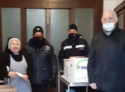 Donazione dell'associazizone Carabinieri alle suore della Riparazione