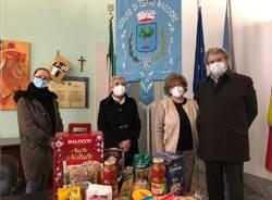 donazione pacchi alimentari cerro maggiore