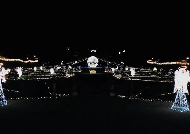 Giardini Estensi Natale 2020 - Foto tratte dalla pag Facebook del Comune di Varese