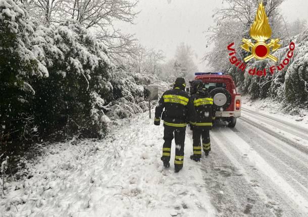 neve vigili del fuoco