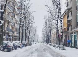 Saronno sotto la neve (foto di Emanuele Santagostino)
