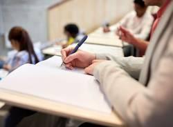 Adolescenti studio studenti generica