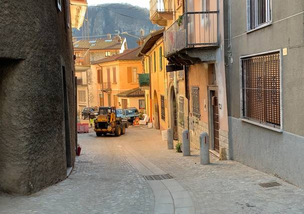 Bisuschio – I lavori nel centro storico del paese