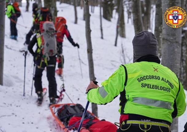 Esercitazione all\'Alpone per il Soccorso Alpino