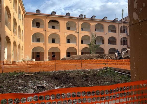 Fontana in visita al cantiere dell'ex caserma Garibaldi