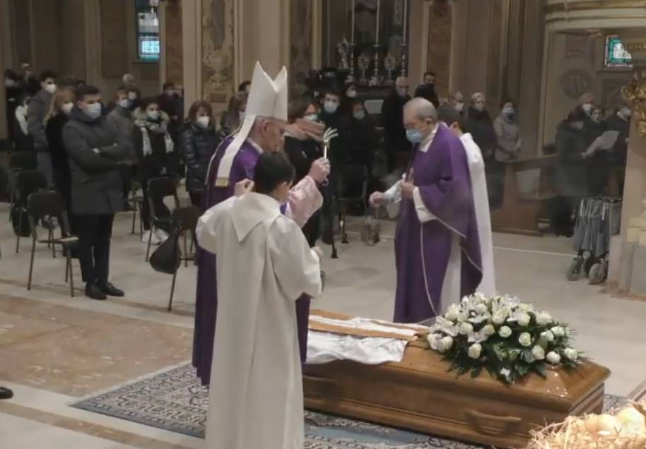 Funerali di don Sandro Bottini a Busto Garolfo