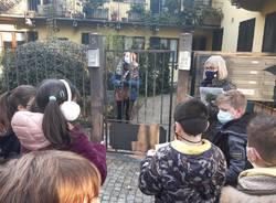 I bambini portano in strada la poesia