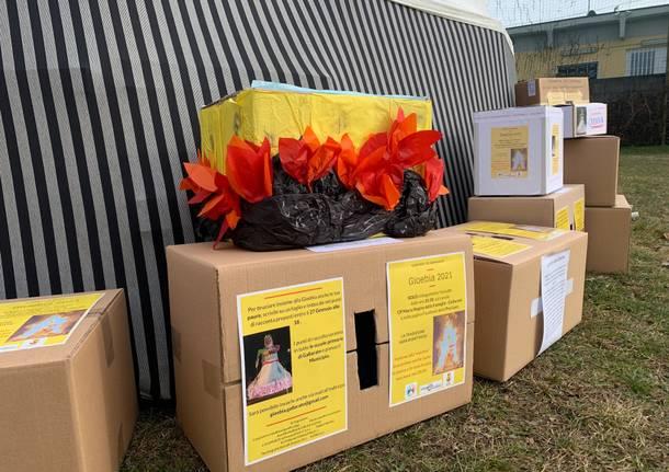 Il fantoccio della gioeubia 2021 a Gallarate e i disegni del bambini