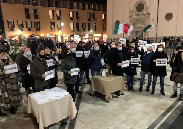 protesta commercianti busto arsizio covid
