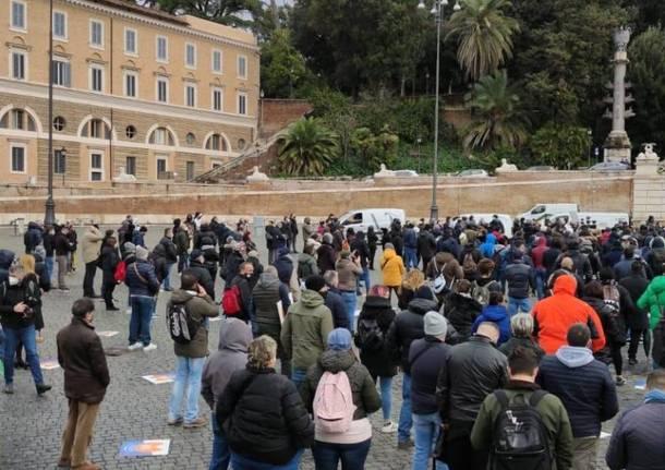 Ristoratori dell'Alto Milanese a Milano per chiedere la riapertura