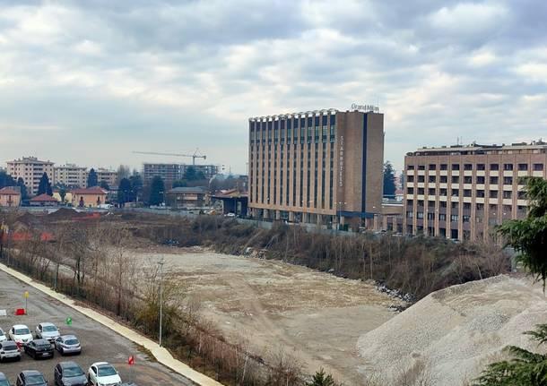 Saronno, ripartono i lavori all'ex Cemsa: il punto sulla grande area dismessa nel retro stazione