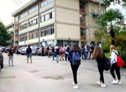 scuola coronavirus tradate