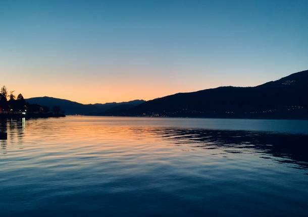 tramonto di gennaio portovaltravaglia lago maggiore elena de vincenti