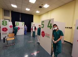 ASST Sette Laghi: vaccinazioni agli over 80