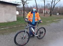 Bici rubata e gettata nel Parco delle Groane, il proprietario la riconosce grazie alle foto su Facebook