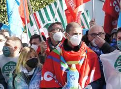"""Chiusura Henkel di Lomazzo, i lavoratori: """"Toglierci il lavoro significa toglierci la dignità"""""""
