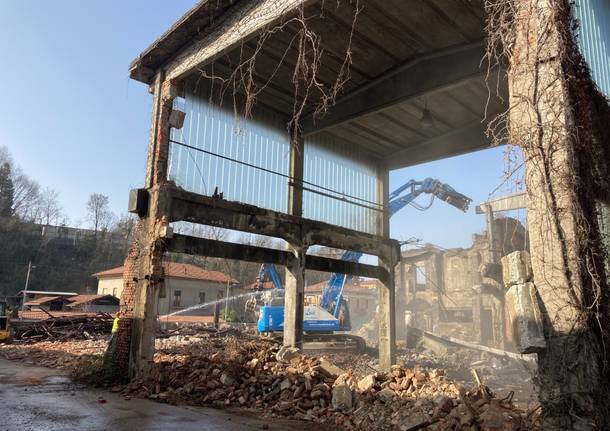 Ex Fonderia Galante, iniziato l'abbattimento degli edifici