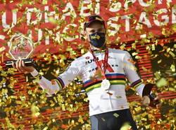 filippo ganna ciclismo uae tour 2021