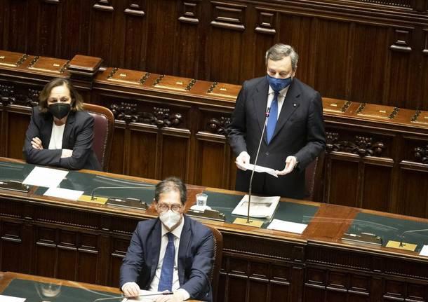 Governo, Draghi ottiene la fiducia anche dalla Camera