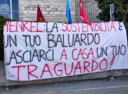 Henkel di Lomazzo, sciopero davanti all'azienda