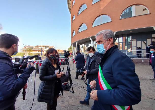L'ultimo saluto di Limbiate a Luca Attanasio