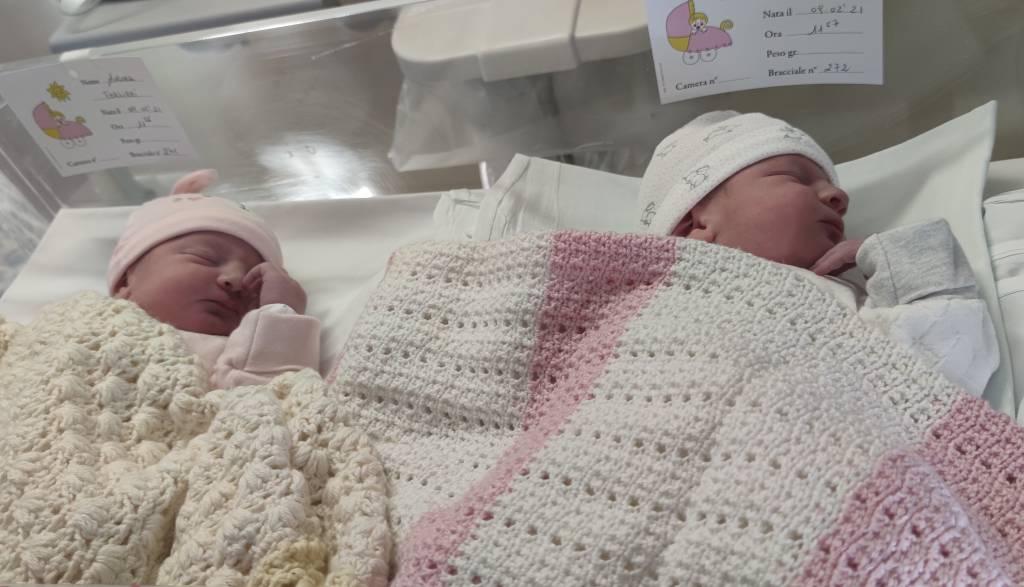 Le gemelline Aurora e Beatrice