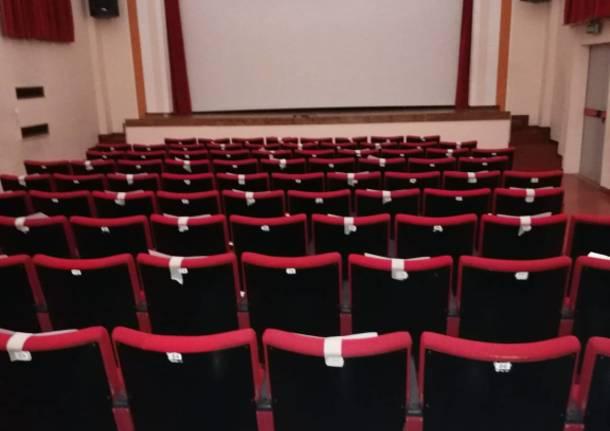 Luci accese in teatro