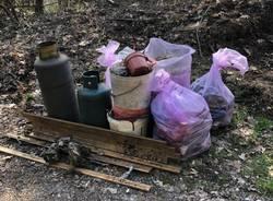 Raccolta di rifiuti ad Arcisate