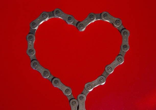san valentino bicicletta cuore catena foto da Pixabay