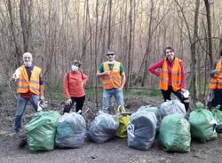 Varese, Via Piana di Luco ripulita dai volontari