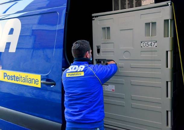 consegna vaccini astrazeneca poste italiane varese