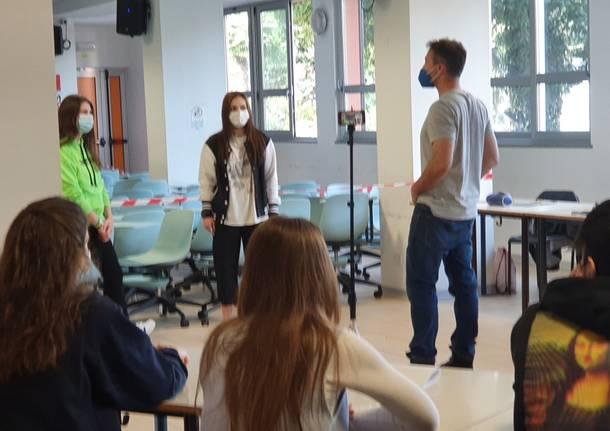 Attori e registi in cattedra al liceo Sereni di Luino