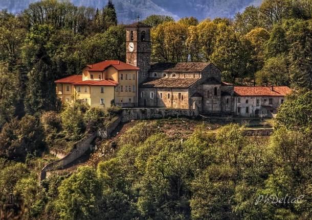 Canonica brezzo di bedero - Delia ilona Ciocoiu