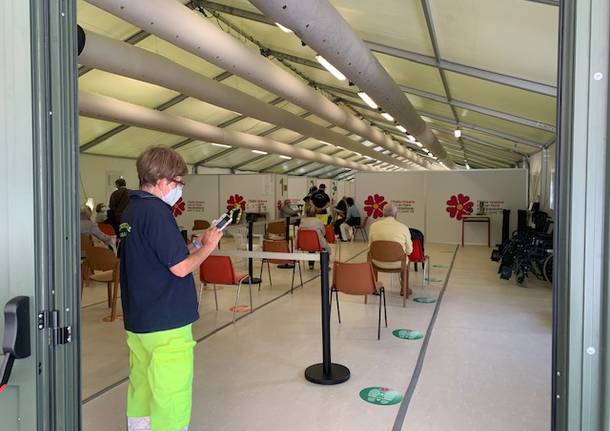 Il centro vaccinale di Rancio a due settimane dall'apertura