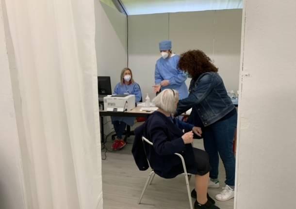 Centro vaccinale schiranna