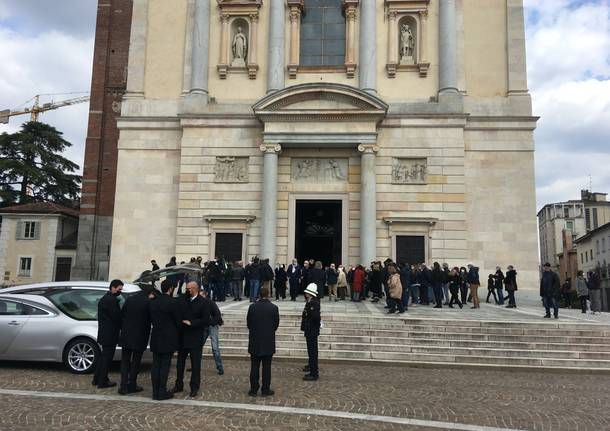 funerali Paolo caravati