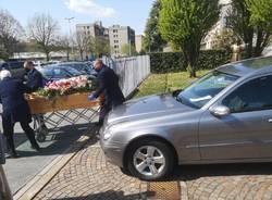 Genitori e figlio morti a pochi giorni di distanza, famiglia distrutta dal Covid a Legnano