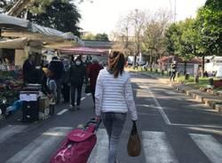 Il mercato di Saronno riapre con tutte le bancarelle