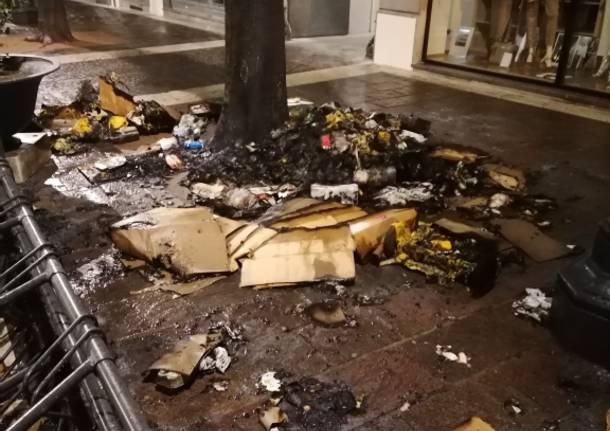 Incendi e danneggiamenti in centro a Saronno, arrestato un 50enne