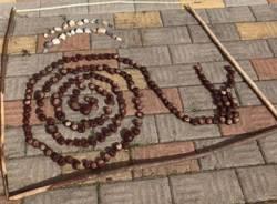 """""""Land Art Lissago"""", i bambini della scuola materna creano piccole opere naturali"""