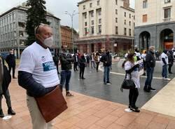 protesta ambulanti piazza varese
