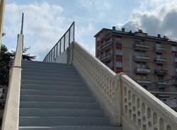 Riaperto il ponte pedonale liberty tra via Magenta e via Nino Bixio a Varese